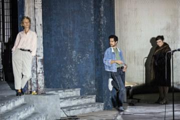 Terrassées par le sida, les «Idoles» de Christophe Honoré revivent sur scène