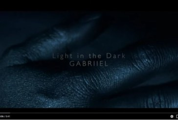 "Nouveau Clip de Gabriiel, ""Light In The Dark"""