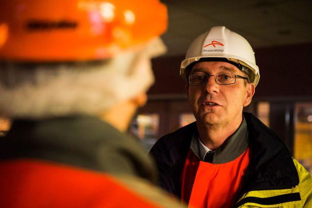 Eric Niedziela, Directeur général d'ArcelorMittal Atlantique et Lorraine. Salle de contrôle dans l'usine de laminage à froid. Florange. 27 mars 2018