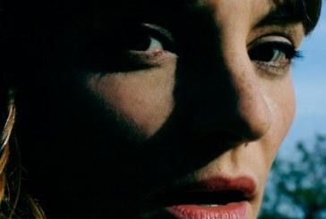 Musique: Halo Maud annonce Je Suis Une Île, son 1er album