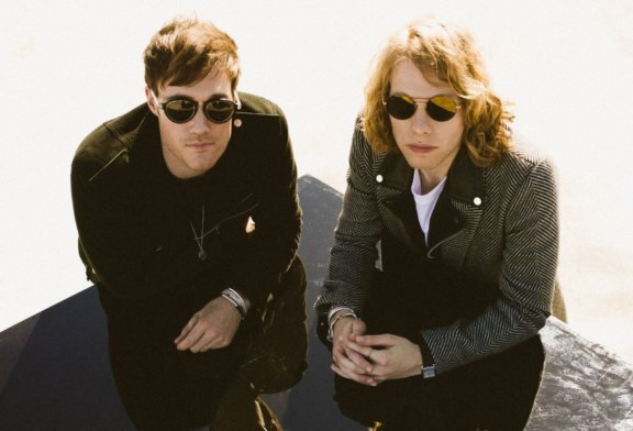 "Musique: Bob Moses, publie une série de remixes de son single "" Back Down"""