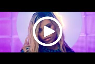 """Musique: """"Bottled Up""""  le premier clip de Dinah Jane"""