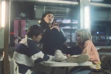 """Musique: """"I'm So Tired"""" le nouveau clip de Lauv & Troye Sivan"""