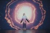"""Musique: SYML – Découvrez son nouveau clip """"Wildfire"""""""