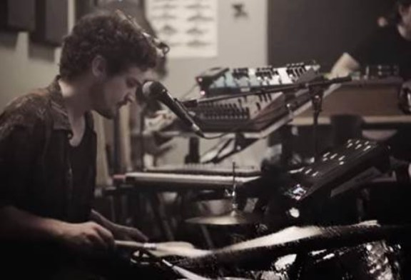 "Musique: Half Moon Run sort le single ""Then Again"""