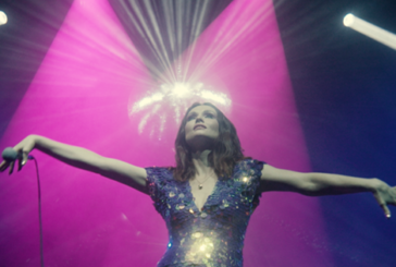 Sophie Ellis-Bextor sortira Crying At The Discotheque